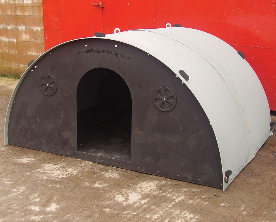 8ft X 6ft Pig Ark Solway Products Recycled Plastic Pig Ark