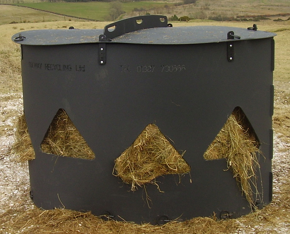 Solway Products Monster Hay Feeder| Recycled Plastic Hay ...