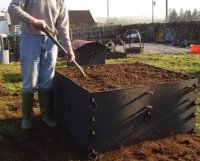 easy reach raised beds from recycled plastic