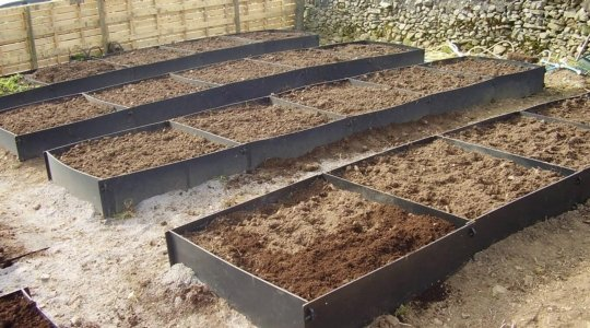 plastic raised beds for sale